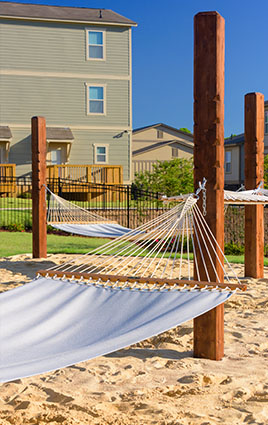 Off Campus Housing near UNT | The Retreat at Denton