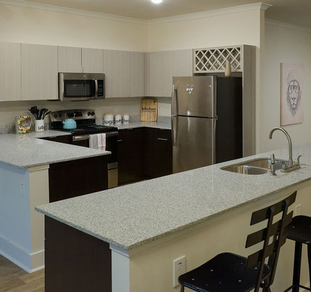 Cottage-Style Townhomes For Modern Student Living - Image 01